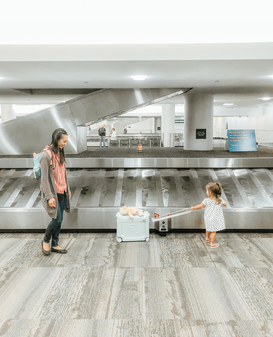 ONE ITEM YOU NEED to fly with a baby toddler kids - stokke jetkids bed box - tiffanieanne.com