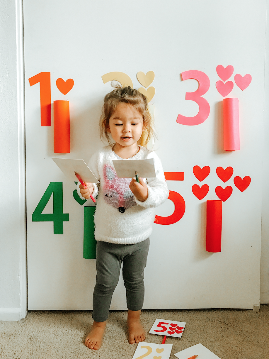 Learning Numbers Game - tiffanieanne.com FREE PRINTABLES