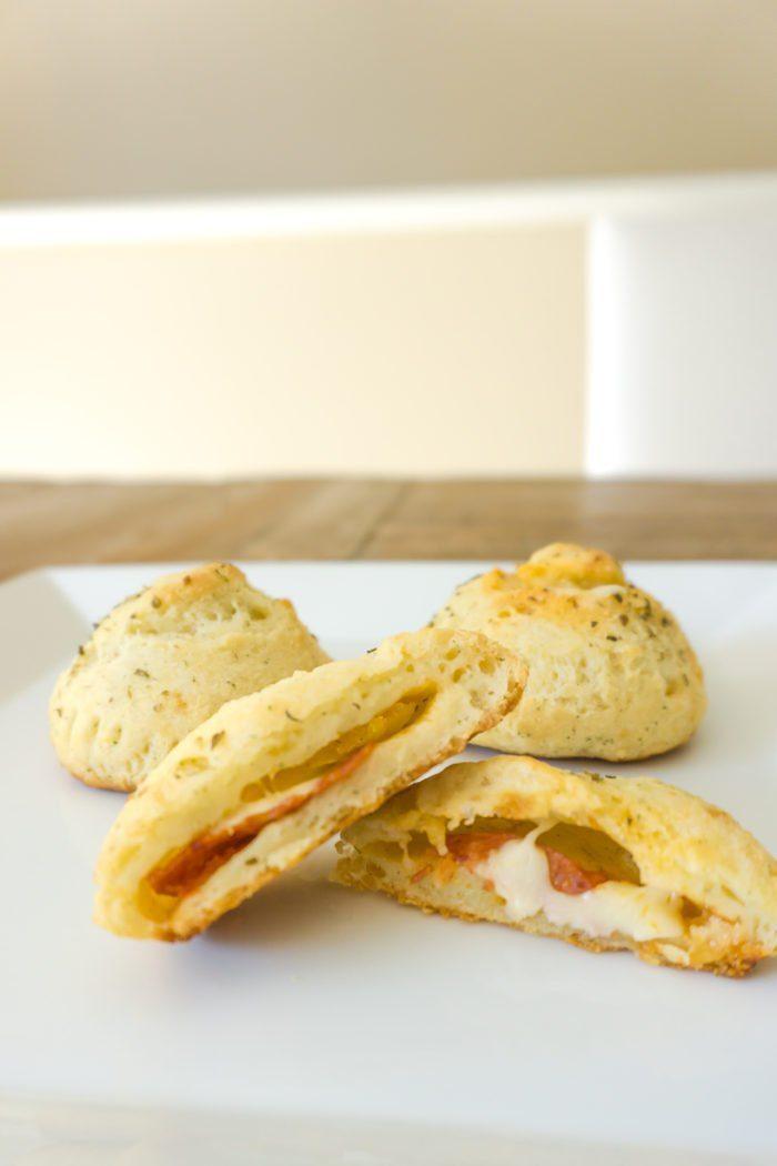 Recipe: Pizza Bombs!