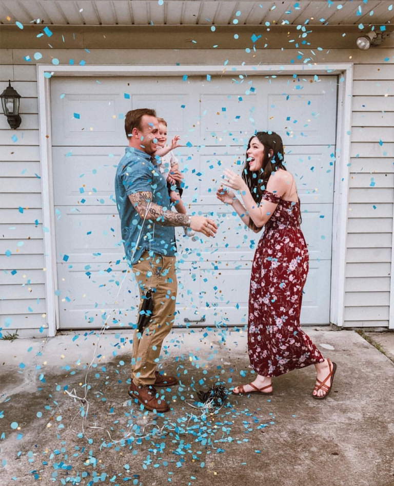 Gender Reveal Balloon | Best Gender Reveal | Must See Gender Reveal Ideas! | tiffanieanne.com