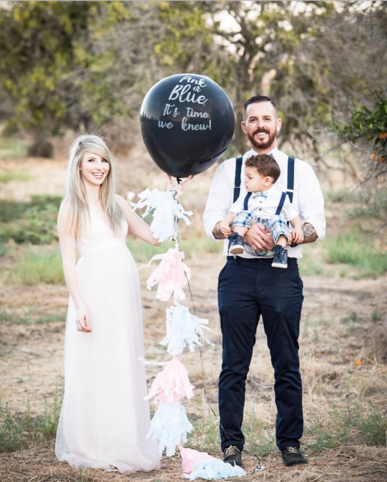 Gender Reveal Balloon Girl | Best Gender Reveal | Must See Gender Reveal Ideas! | tiffanieanne.com