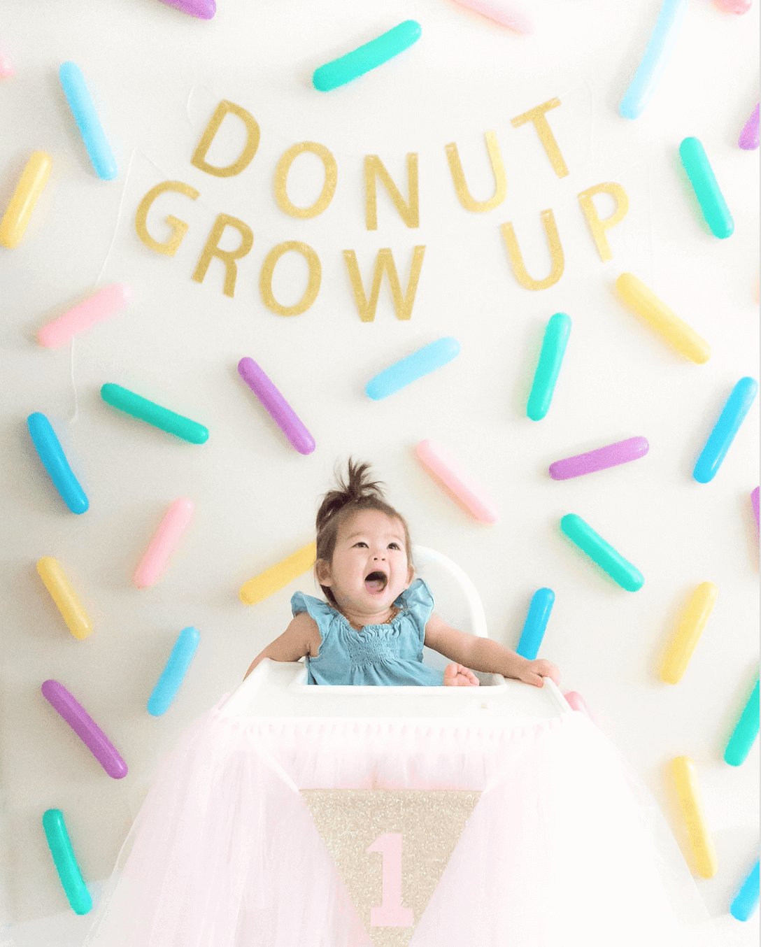 Sprinkle Wall | Donut Ice Cream Unicorn Birthday Party DIY | tiffanieanne.com