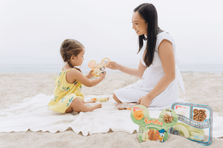 BEST Beach Snack - Healthy Grab and Go Snacks for Kids + Parents! - Snack Pak - Foodles - Protein Snacker - tiffanieanne.com 6