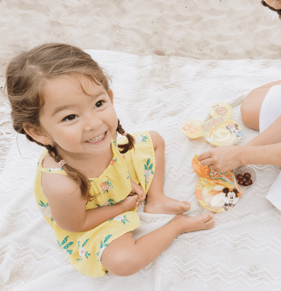 BEST Beach Snack - Healthy Grab and Go Snacks for Kids + Parents! - Snack Pak - Foodles - Protein Snacker - tiffanieanne.com 9
