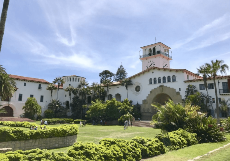 Santa Barbara Travel Guide _ Courthouse _ Best Things to Do _ Family Friendly _ Instagram _ tiffanieanne.com