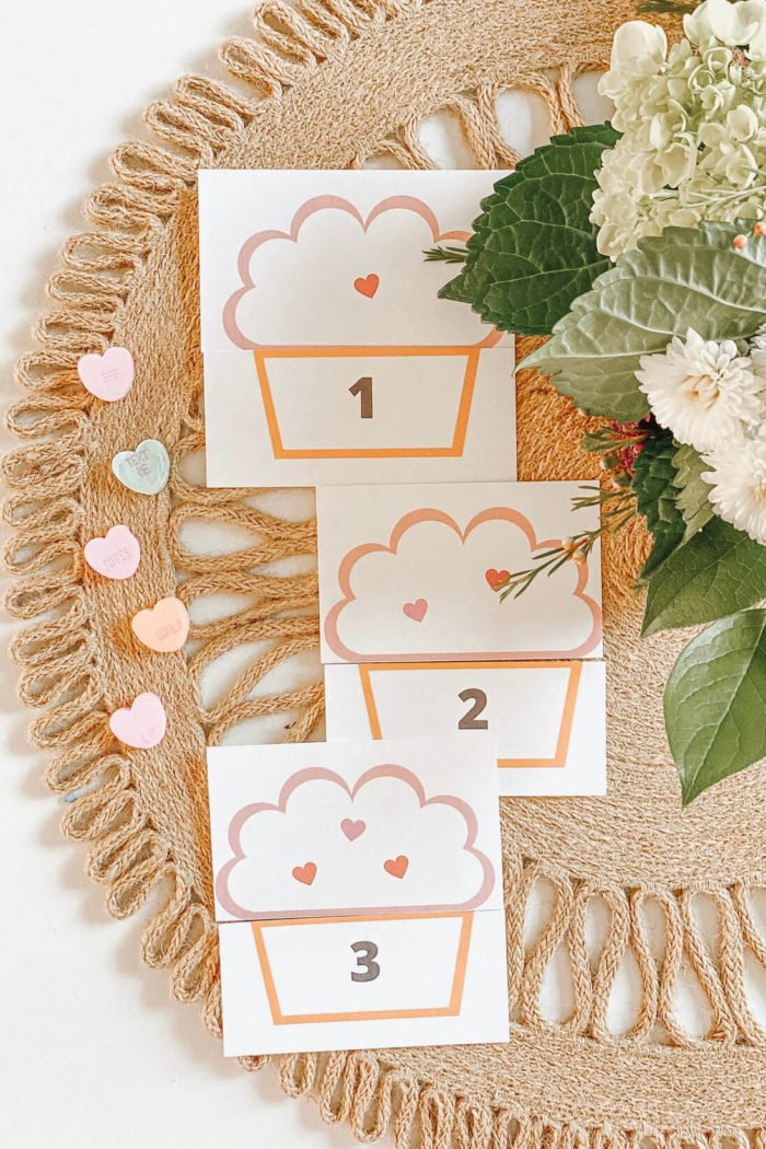 Cupcake Number Matching Game! •Valentine's Day Learning Activity•