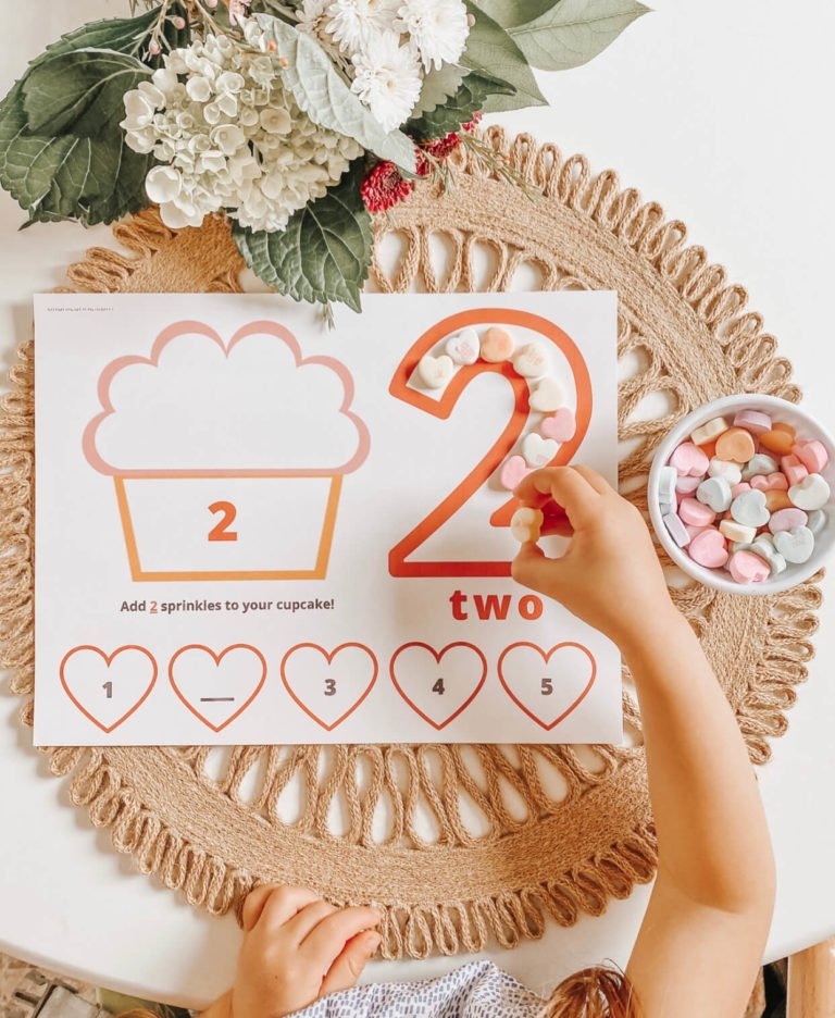 Number Activity Mats | Play Dough/Play Doh Mats | Counting Numbers | Learning Numbers | valentines day free printable | tiffanieanne.com