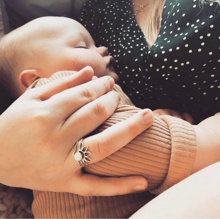 Breastmilk Jewelry - Breastfeeding - Breast pumping -Fed is best - Breastmilk uses - Liquid Gold - @living_the_blessed_life_