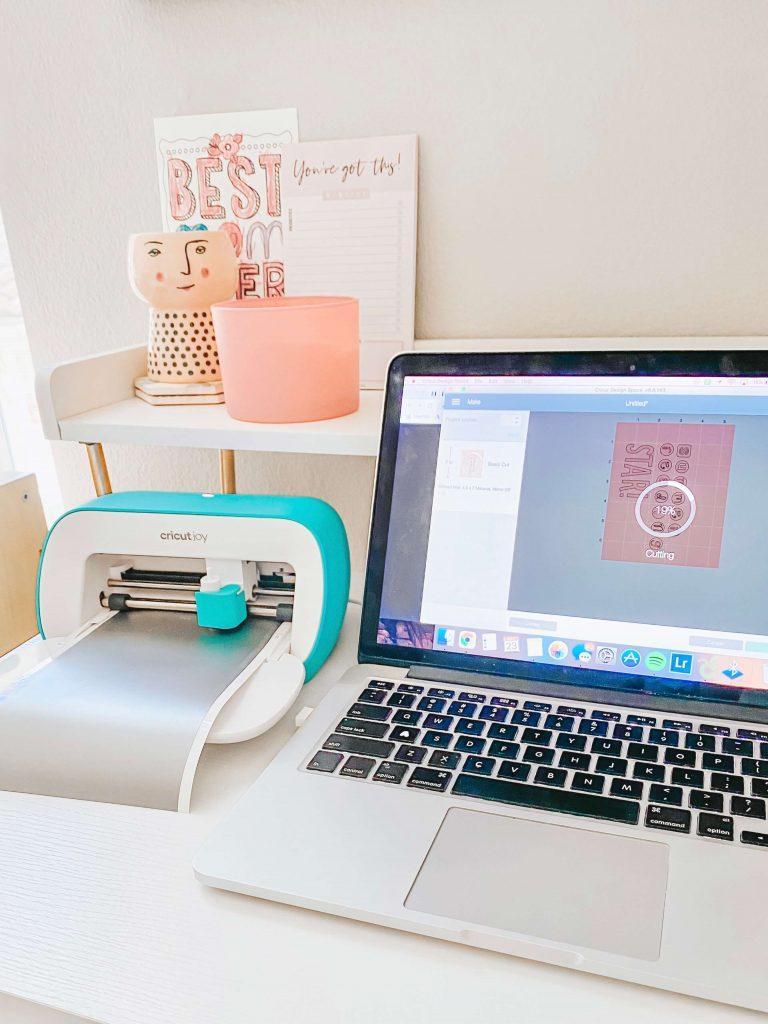 Cricut-Joy-Perfect-Beginner-Desk-Mom-Summer-Fun-Surprise-tiffanieanne.com-vinyl-design-space